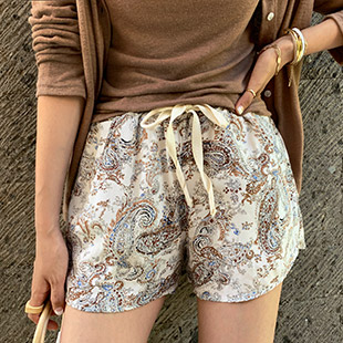 Boinie Paisley Bending Short Pants